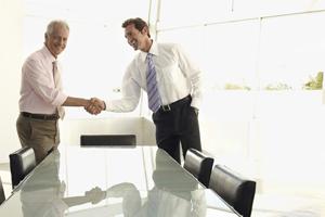 اهمیت مذاکره در محل کار و تاثیرات آن در پیشرفت شغلی