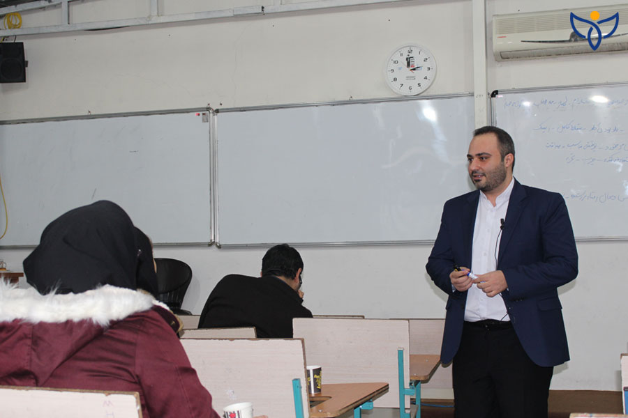 امیرمصطفی مدرس سخنرانی