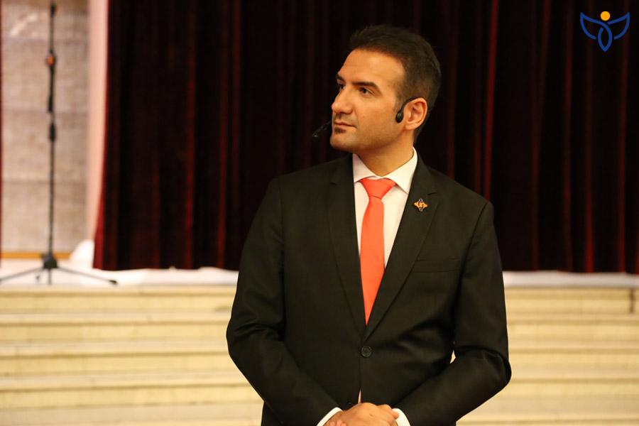 علی بهرام پور کیست