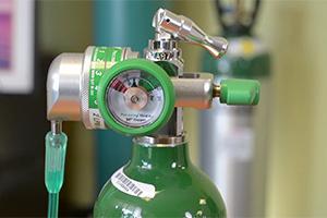 تعویض کپسول اکسیژن چگونه انجام می شود؟ نکاتی که باید بدانید