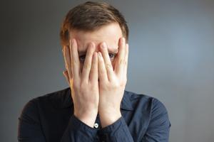 درمان کم رویی و خجالت چطور امکان پذیر است؟